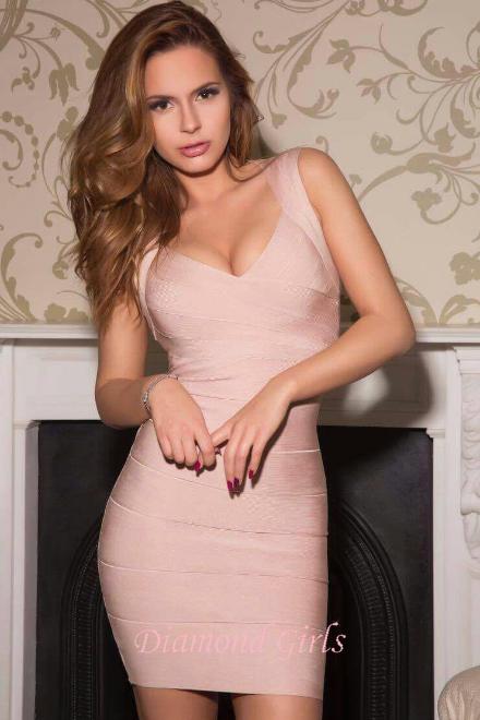 Vivian, 22